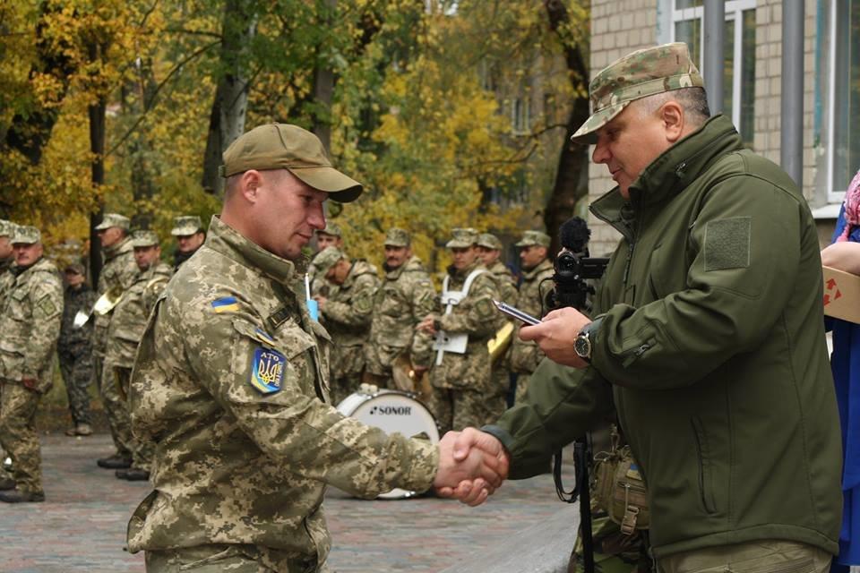 В Авдеевке отметили День Защитника Украины (ФОТООТЧЕТ), фото-4