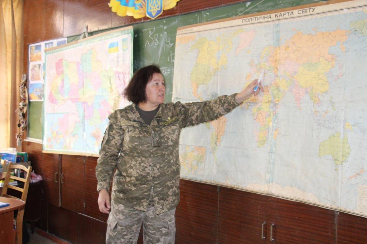 Школьников Авдеевки начали обучать офицеры ВСУ (ФОТО), фото-4