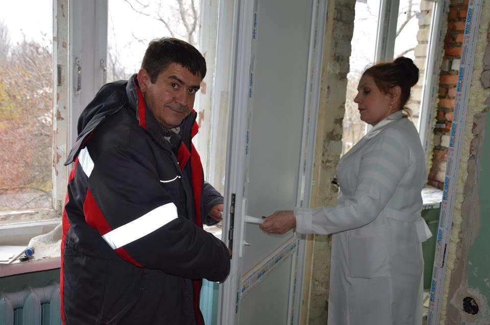 В Авдеевке восстанавливают линейную поликлинику (ФОТО), фото-2