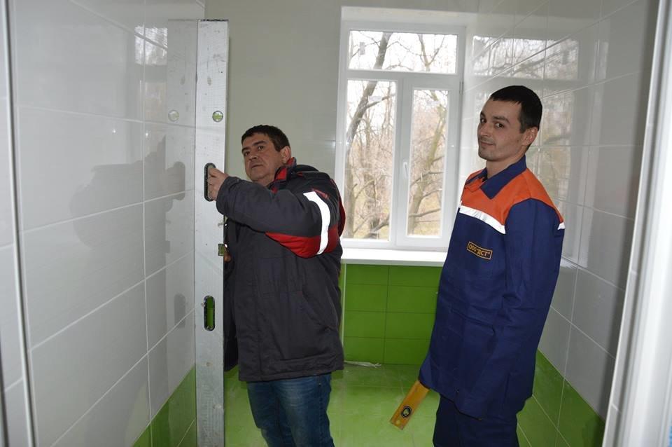 В Авдеевке восстанавливают линейную поликлинику (ФОТО), фото-1