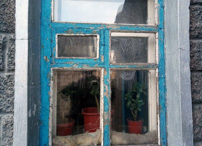 В Авдеевке зафиксировали новое попадание снаряда (ФОТО), фото-1