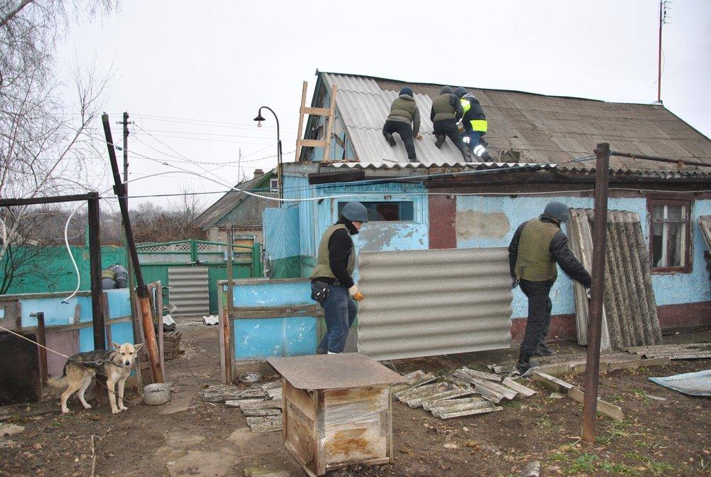 Восстановительные работы в Авдеевке кипят без выходных (ФОТО), фото-2