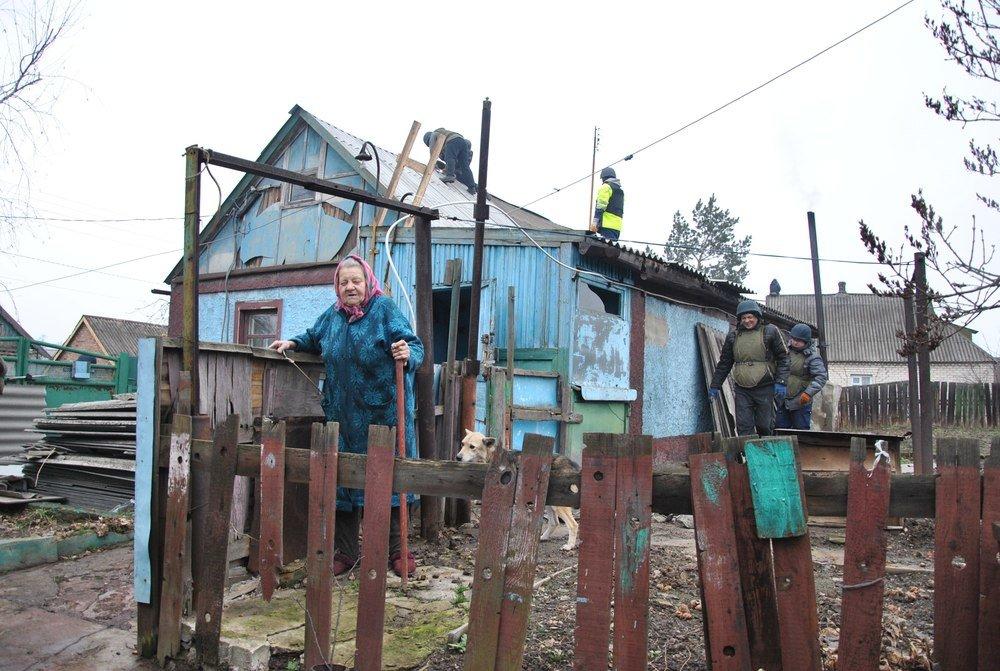 Восстановительные работы в Авдеевке кипят без выходных (ФОТО), фото-1
