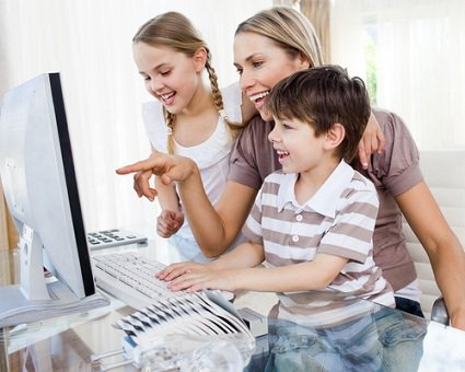 Connect-Your-Home-Blog-Internet-Safety-Month