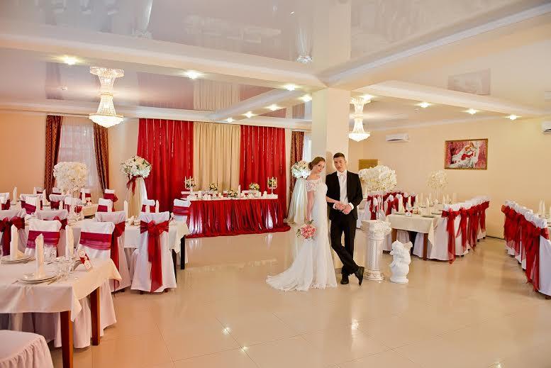 зал свадбьба