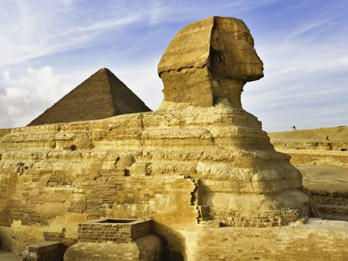World_Egypt_Sphinx_and_Pyramid_007829_