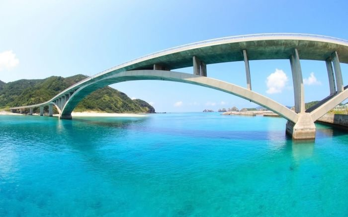 World_Japan_Okinawa_bridge_022115_