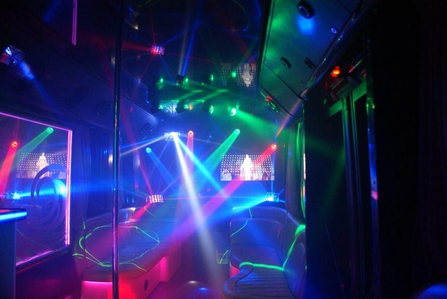 Party_Bus_Golden_Prime_10