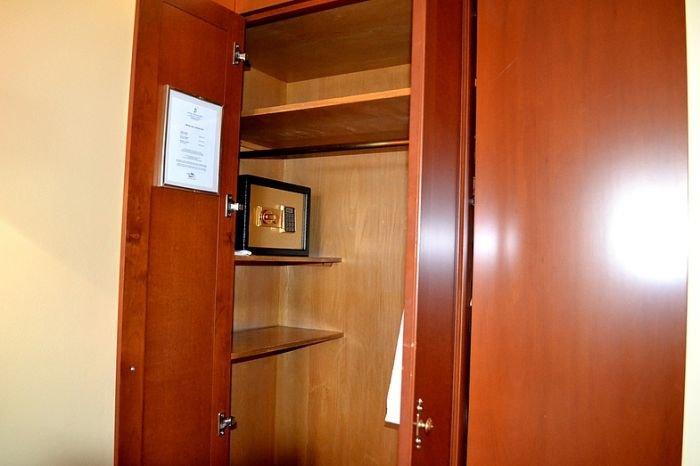 мебельные сейфы в Киеве