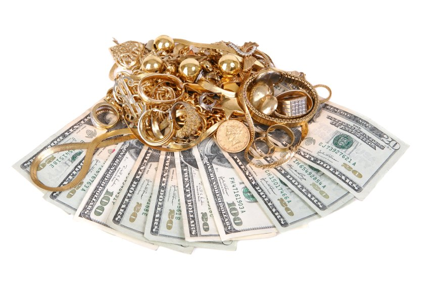 jewelry-and-money-fanned-out1