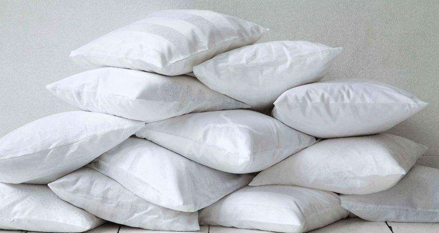 Pillow_pile