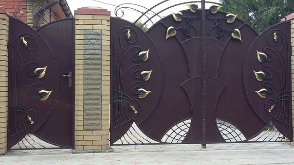 Ворота с липестками