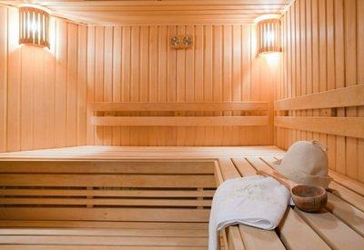 pool-and-sauna-02