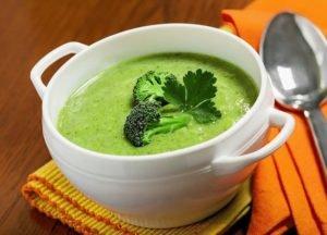 content_creamy-broccoli-turmeric-soup--300x216