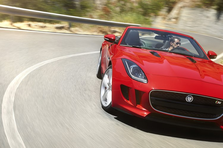 F-TYPE_LOCATION_V8_7