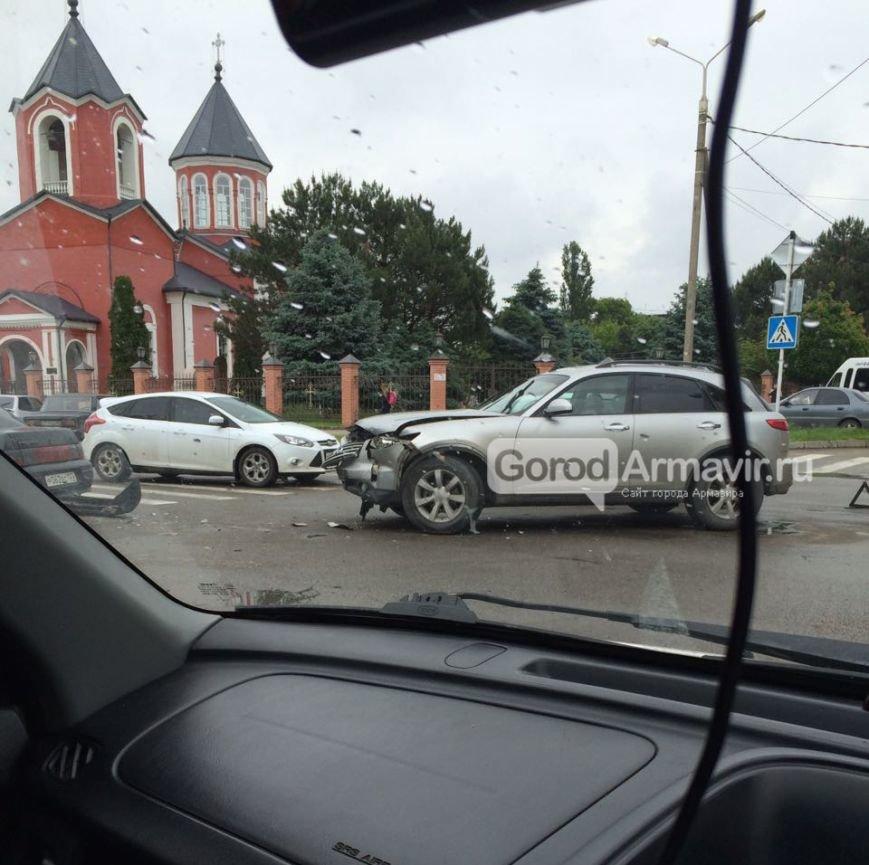 авария угол ул. Кирова и ул. П. Осипенко