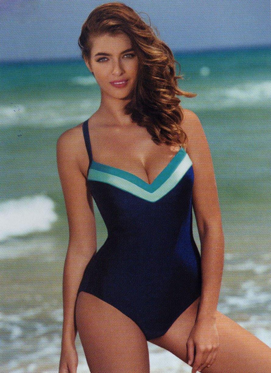 Пляжная дама без трусов — img 6