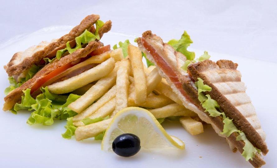 bbq - картошка фри + сендвич ( (7)